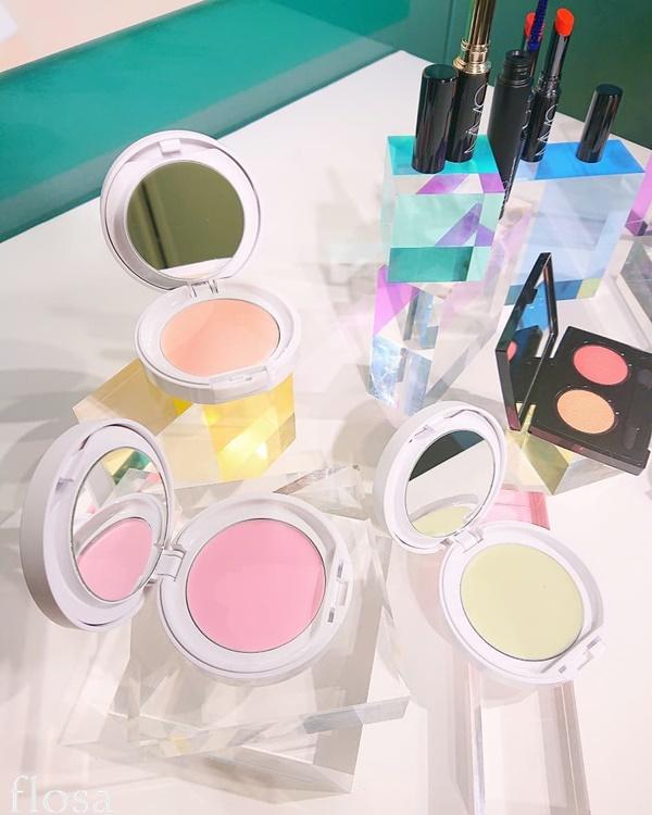 mimc 2020春新色 ミネラルイレイザーバーム カラーズ SPF20 PA ++ 全3色 (ピンク、グリーン、ラベンダー) 各4,700円(税抜)   2020年2月5日発売